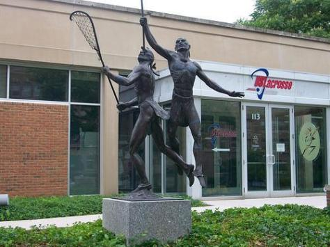 lacrosse-statue