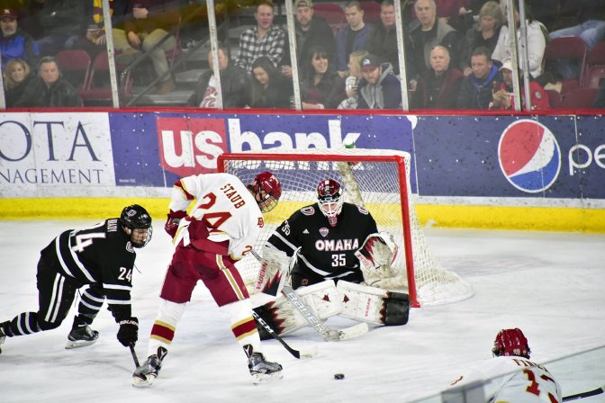 Denver shuts out Omaha to complete weekend sweep & pull into tie for 1st in NCHC