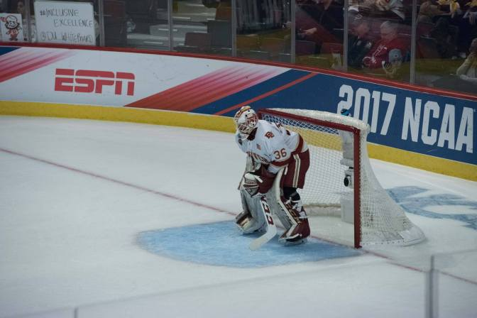 Tanner Jaillet wins Mike Richter Award, named college hockey's best goaltender