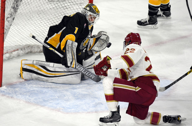 Tigers 'bend, but don't break' to double up Pioneers in game 1 of NCHC Quarterfinals