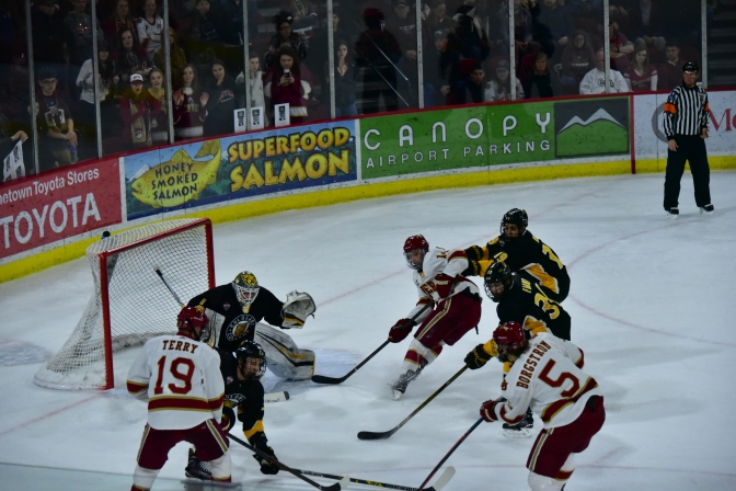 Pioneers dominate Tigers in Game Three to advance to fifth straight Frozen Faceoff